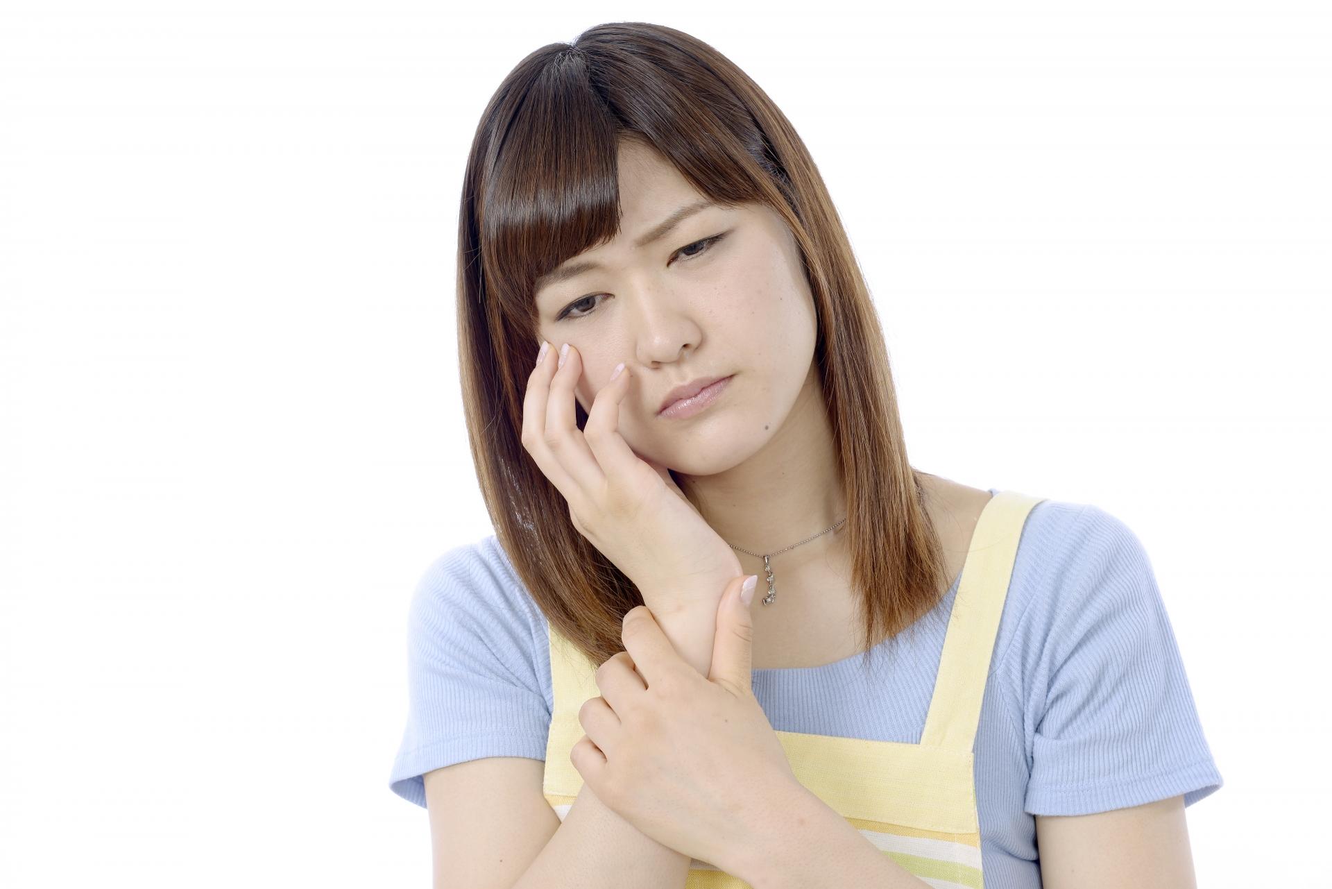 インプラントの痛みは場面ごとに原因が異なります。
