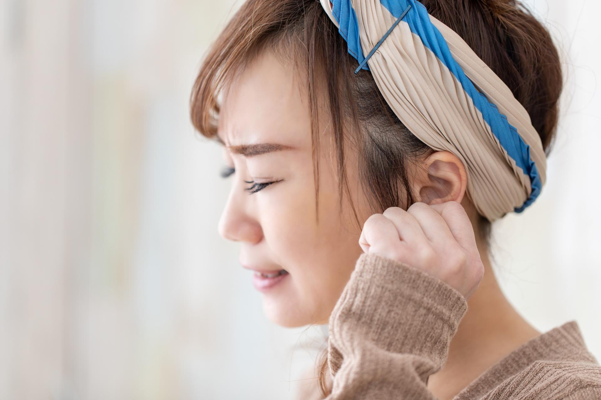 耳鳴りは加齢のせいだけではない?